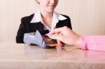 Extraservice kostet Geld: Verlangen bald Hotels wieder Sondergebühren?