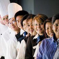 Krise? Krise - und wie! Mitarbeitermangel bleibt auch für die nächsten Jahre die größte Herausforderung für Hotellerie und Gastronomie