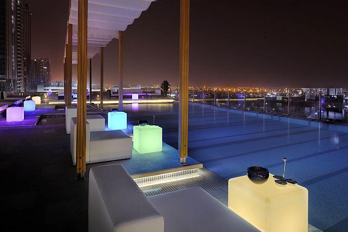 Radisson Royal Hotel Dubai - Swimmingpool