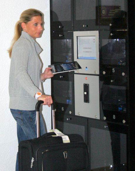 """Schutz vor Wirtschaftsspionage – der """"E-Safe"""" von Castellan lässt sich nur per Fingerscanner öffnen"""