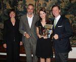 Franziska Dittrich (2.v.r.) aus dem Hotel Mandarin Oriental Munich ist Siegerin beim 9. Azubi Contest der Selektion Deutscher Luxushotels