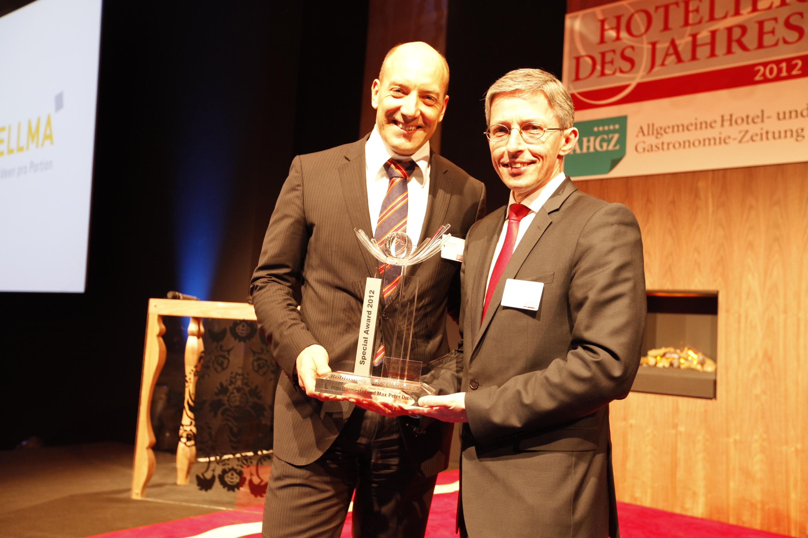 Special Award beim Hotelier des Jahres 2012: Ingo Burmester und Max-Peter Droll von Robinson Club