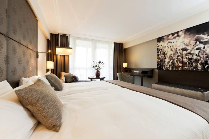 pullman er ffnet erstes hotel in m nchen hottelling by hospitality leaders. Black Bedroom Furniture Sets. Home Design Ideas