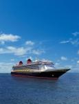 Die Disney Fantasy führt die Tradition der Disney Cruise Line fort, indem sie den eleganten Charme von Kreuzfahrtschiffen des frühen 20. Jahrhunderts mit zeitgenössischem Design kombiniert und so eines der modernsten und außergewöhnlichsten Kreuzfahrtschiffe auf See darstellt. © Disney