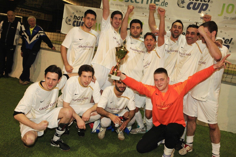 Hotelcup 2012 Hamburg: Sieger ist die Mannschaft vom Grand Elysee Hamburg (Fotos: Philipp Schäffer)