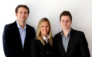 Team Online Birds Hotel Marketing Solutions: (von links) Dr. Burkhard von Freyberg, Stephanie Zarges-Vogel und André Meier