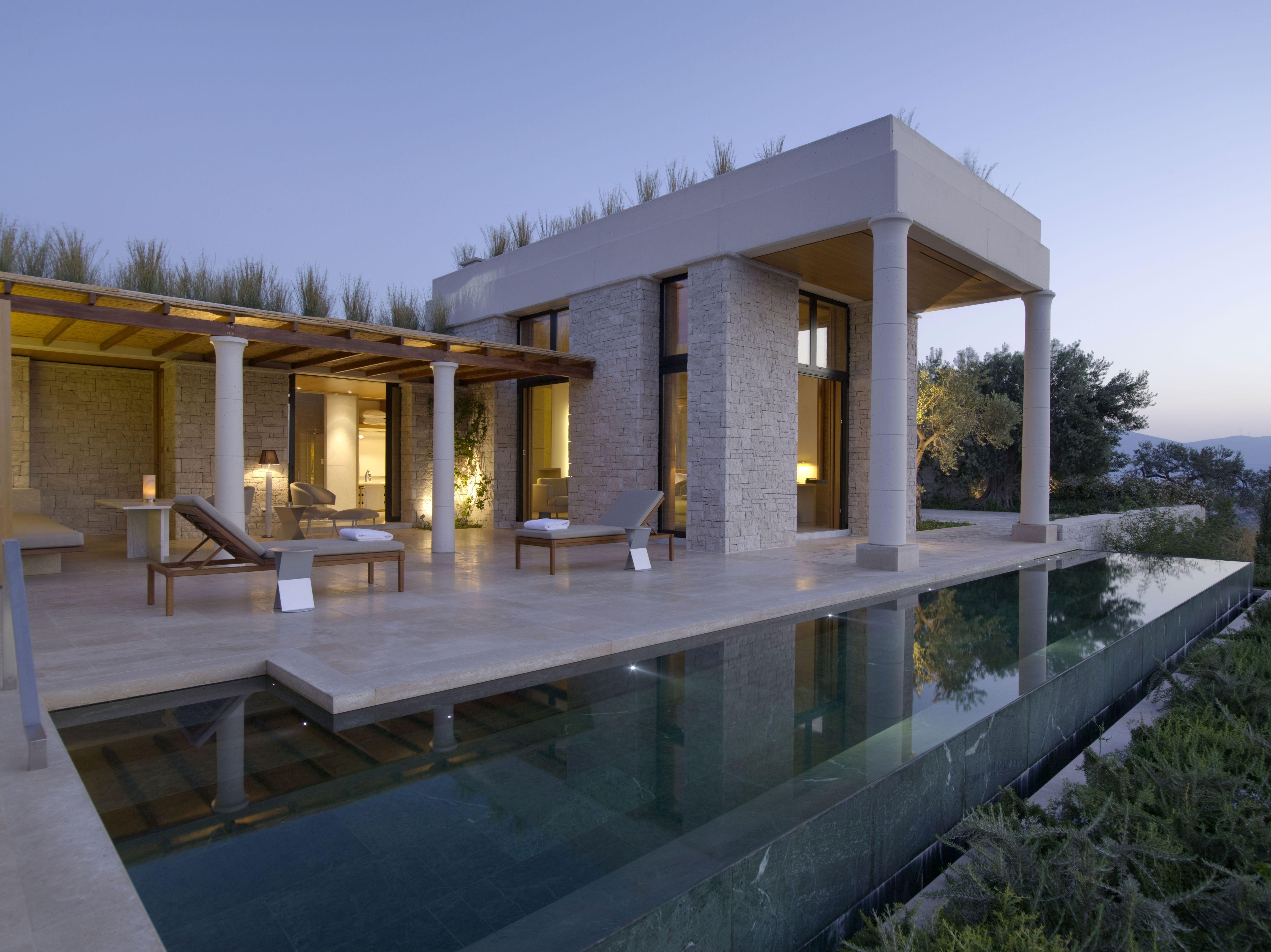 Amanzo'e Deluxe Pool Pavilion