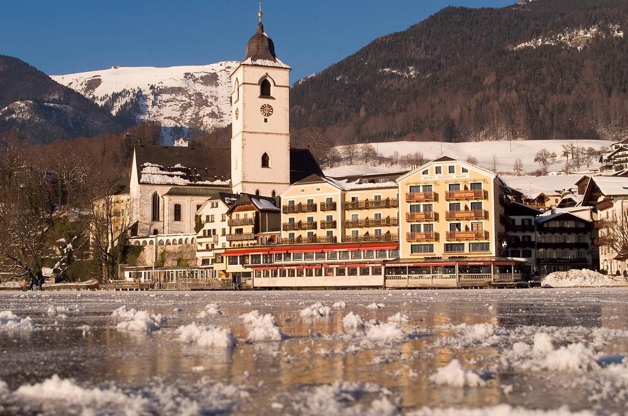 100 Jahre alt: Romantik Hotel Weisses Rössl in St. Wolfgang