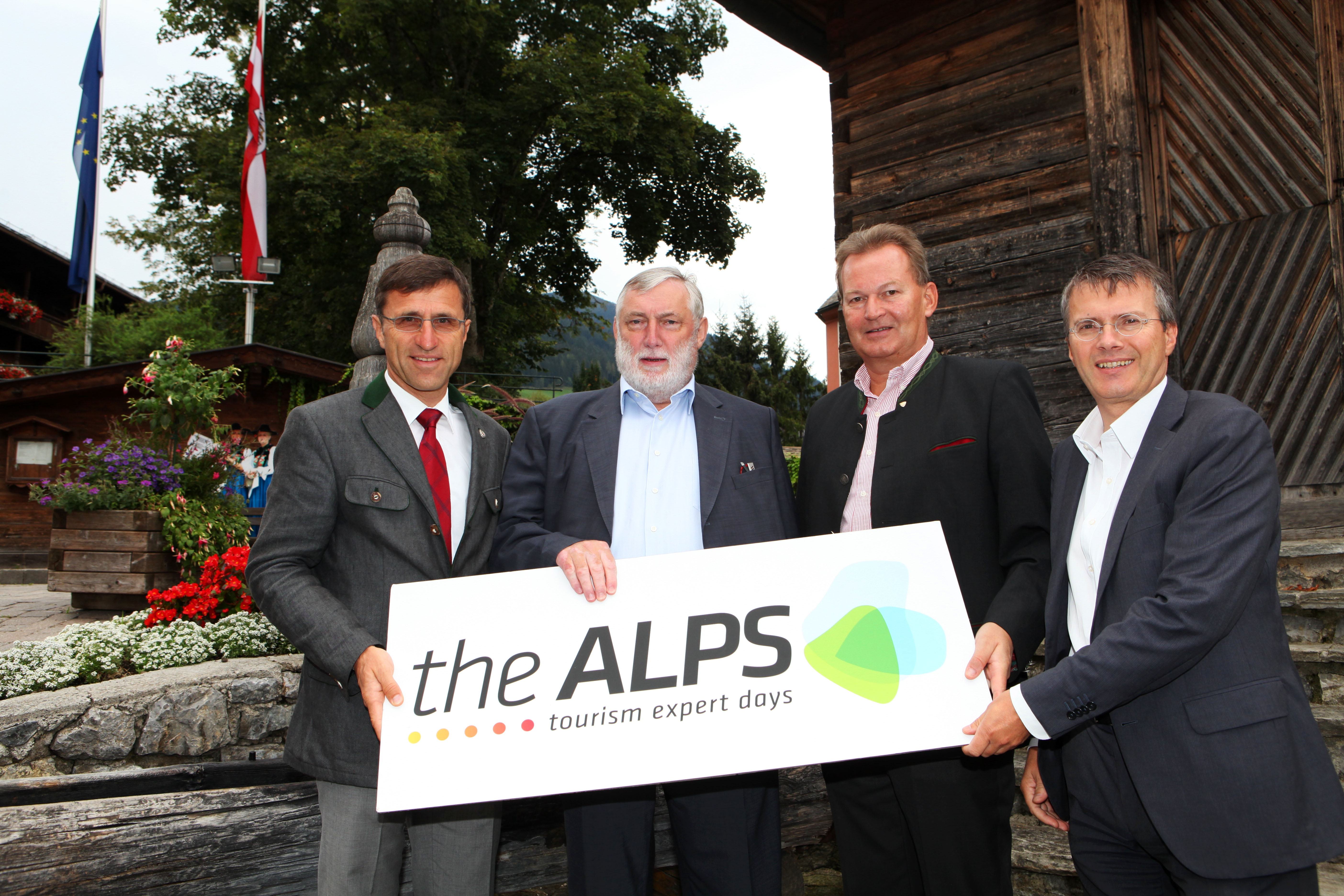 Präsentierten das Leitthema von The Alps 2012 in Alpbach - (von links) Josef Margreiter, Franz Fischler, Harald Ultsch und Konrad Plankensteiner.