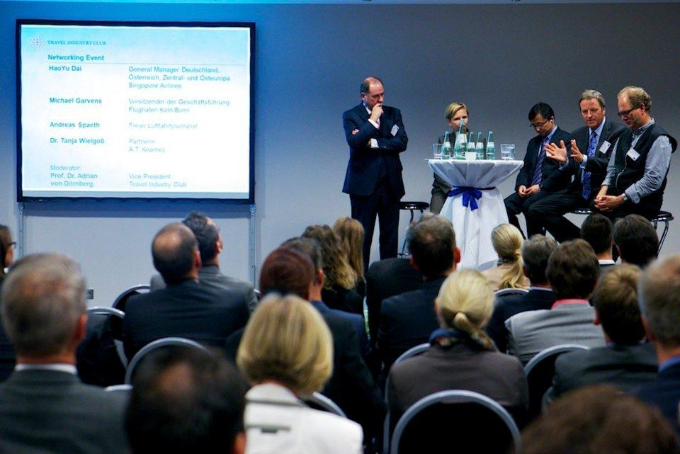 Debatte über die Zukunft der Airlines - Topveranstaltung des Travel Industry Club