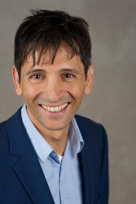 Dr. Konstantin Korosides
