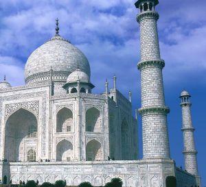 Das weltberühmte indische Groß-Grabmal Taj Mahal soll als Hotel in Dubai nachgebaut werden