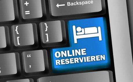 Onlinebuchung - Hotels online buchen © Ben Chams - Fotolia.com