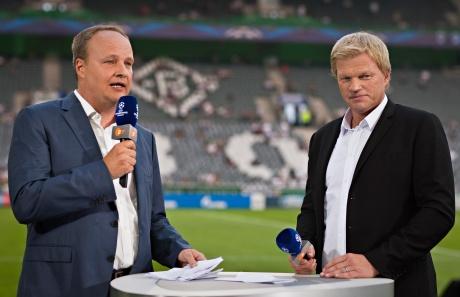 Champions League Finale zwischen FC Bayern München und Borussia Dortmund: Oliver Welke und Oliver Kahn moderieren die Live-Übertragung im ZDF (Foto: Marianne Müller/ZDF)