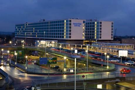 """Horrmann's Hoteltest: Maritim Airport-Hotel Düsseldorf mit """"Fahrstuhlqualität"""" im Service - mal oben, mal unten"""