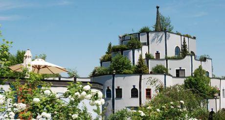 Ungewöhnlicher Job: Rogner Bad Blumau sucht einen Hofnarren