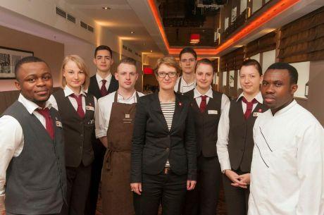 Leonardo Hotels ist Partner des Pilotprojekts Berufsziel Hotellerie – Mentoring für Auszubildende