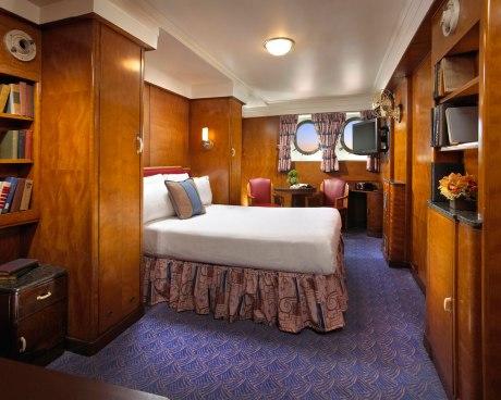 """Mini-Suite an Nord der """"Queen Mary"""", dem wohl berühmtesten Hotelschiff der Welt – der ehemalige Cruise Liner liegt bereits seit 1967 in Long Beach/Los Angeles"""