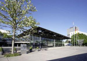 Kongressnzentrum der Stadt Bonn - Daneben entsteht ein Marriott Hotel