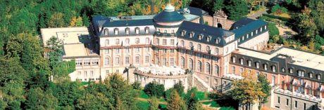 Schlosshotel Bühlerhöhe verkauft - Soll weiterhin Fünf-Sterne-Hotel bleiben - Direktor Reto Schumacher und fünf Mitarbeiter bleiben