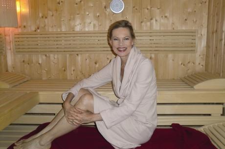 Nina Ruge ist Sauna-Botschafterin 2014 - Tag der Sauna erstmals am 24. September 2014
