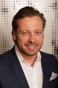 Robert Schmiel