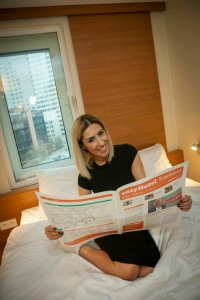 Senna Gammour soll dem Easy Hotel in Frankfurt/Main etwas Glanz verleihen