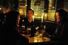 """""""Earth Hour"""" in Restaurants - Foto: WWF"""