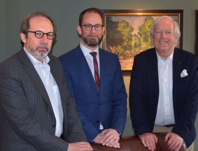 Nun ganz offiziell Partner im neuen Joint-Venture Deutsche Hotel & Resort Holding: (von links) Professor Stephan Gerhard, Alexander Winter, Horst Rahe (Foto: DSR)