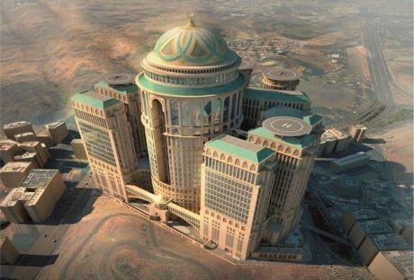 Mit 10.000 Hotelzimmern und 70 Restaurants sowie Heli-Landepads auf dem Dach werden die Abraj Kudai Towers in Mekka einer der größten Hotelkomplexe weltweit