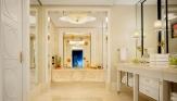 5_Wynn Palace Fountain Salon Suite_Bathroom_Barbara Kraft
