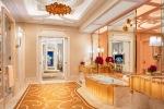 9_Wynn Palace_Penthouse Bathroom_Roger Davies
