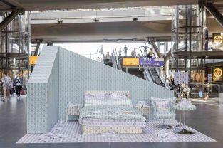 Der IHG Money Room steht am 31.08.2016 im Berliner Hauptbahnhof. /// Foto: Monique Wüstenhagen