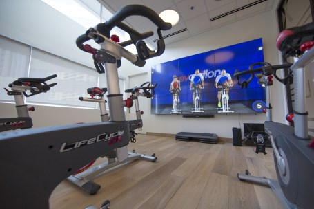 Marriott Fitness Center with LG Electronics videowall. (PRNewsFoto/LG Electronics USA Business Sol)