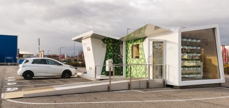 So sieht eine innovative E-Tankstelle aus (Foto: Ikea)