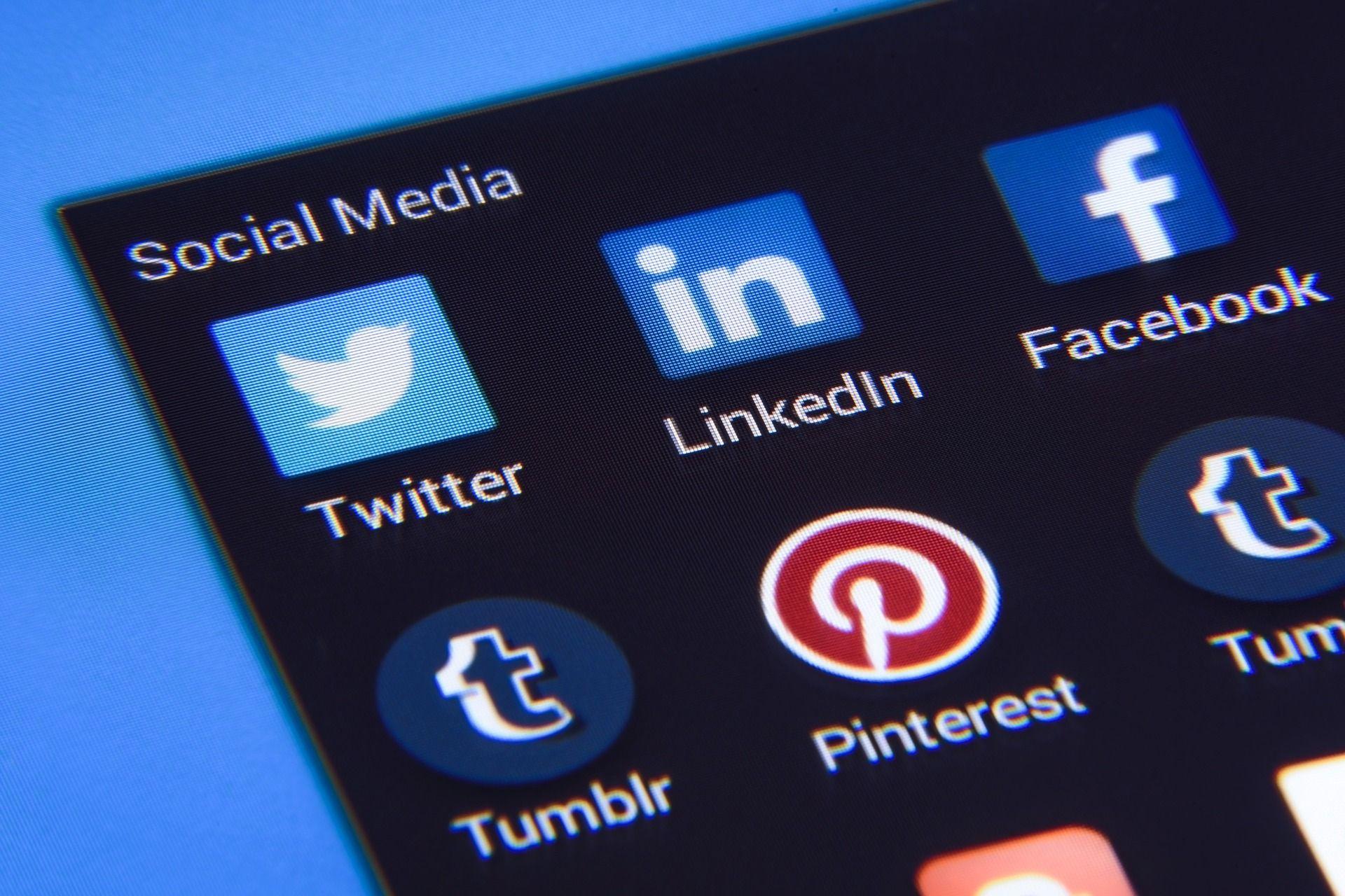 Social Media - Photo Mix Pixabay